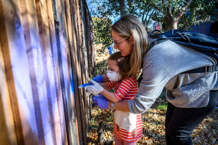 Sac Bee: Want to express yourself through art? Oak Park puts up a spray paint wall for all